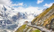 Z avtobusom se boste peljali po t. i. grossglocknerski, ledeniški cesti do razgledne ploščadi Franca Jožefa, ki je kar 2.369 m nad morjem.
