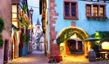 Petdnevni obisk Alzacije, ki se ponaša z vinorodnimi pokrajinami in čudovitimi mesteci. Avtobus, 5 dni, 310 EUR.