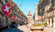 Dežela sira, tisočerih jezer, alpskih vrhov in čokolade vabi na  obisk stare prestolnice,...