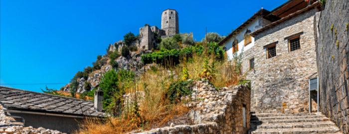 Štiridnevno potovanje od Sarajeva, Jablanice, preko Mostarja do Dalmacije. 4 dni, 210 EUR (polpenzion, vstopnine).