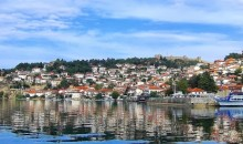 Skopje, Ohrid, Prespansko jezero, Bitola,... Biseri sončne Makedonije, ki jih boste nanizali v petdnevnem potovanju. Avtobus, 5 dni, 228 EUR.