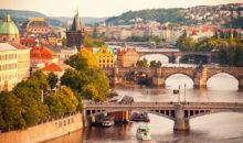 Potovanje v več kot tisoč let staro prestolnico. Ogledali in okusili boste lahko kar nekaj znamenitosti, ki jih ponuja zlata Praga. 2-3 dni, 123 EUR