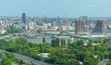 Ogledali si boste Novi Beograd s Sava centrom in nekoč pomembnimi upravnimi stavbami naše bivše skupne države, Trg republike z zveznim parlamentom,...