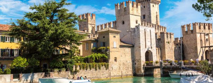 Prvi postanek boste naredili v mestu Peschiera na južni obali jezera.  2 dni, 155 EUR (večerja).