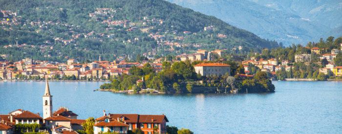Ogled mesta Bergamo. Izlet z ladjo do Borromejskih otokov, ki so znani po botaničnih vrtovih, vilah in zgodovinskih spomenikih. 3 dni, 264 EUR (polpenzion).