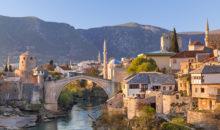 Odkrijte lepote skrivnostne Hercegovine, poglejte skoke s starega mostu v Mostarju ter se napotite v smeri Dubrovnika... 2 dni, 138 EUR.