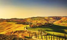 Vožnja do srednjeveškega mesteca San Gimignana, ki si ga boste tudi ogledali. Nato še Siena, Pisa in Lucca, sami lepi kraji...2 dni, 125 EUR.