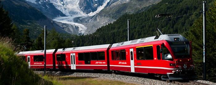 Švica se s svojim bogastvom, naravnimi lepotami, kulturnim izročilom lahko brez sramu postavi ob bok marsikateri svetovni velesili. 3 dni, 268 EUR (polpenzion, ladjica, vlak).