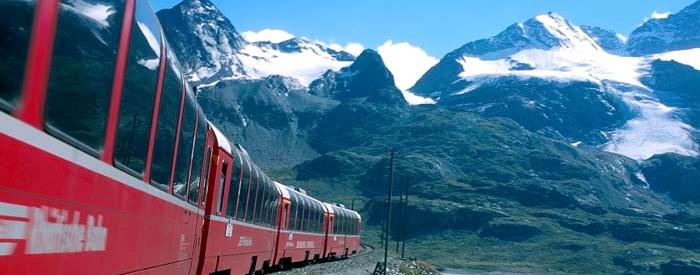 Švica - alpska dežela, dežela čokolade, ur in bankirjev. Obiščite mogočne Švicarske Alpe in se popeljite z vlakom Bernina Express. 3 dni, 234 EUR (polpenzion).