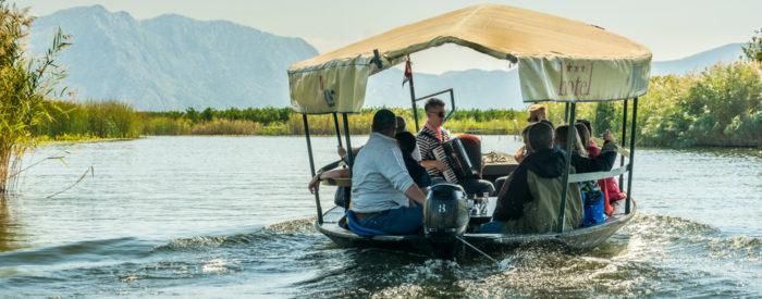 Pridužite se nam pri doživetjih v dolini reke Neretve! Čakajo nas številna etno-sela, vožnja s tradicionalnimi plovili  ,...2 dni, 168 EUR (polpenzion, pokušina, vin sirarna, vožnja s čolni...).