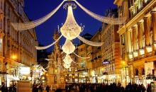 Skupaj se odpravimo na raziskovanje cesarskega Dunaja ter se sprehodimo med božično-novoletnimi stojnicam. Avtobus, 1 dan, odhodi iz Celja 1., 8., 15. in 22.12.2018, od 34 EUR