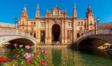 V štirih dneh si boste ogledali Granado, Cordobo, Sevillo in Malago. Letalo, 540 EUR.