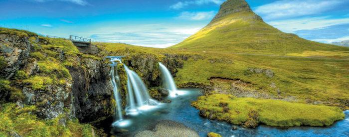 Islandija je dežela, ki s svojo čudovito pokrajino in naravnimi čudesi očara tudi najbolj izbirčne popotnike.