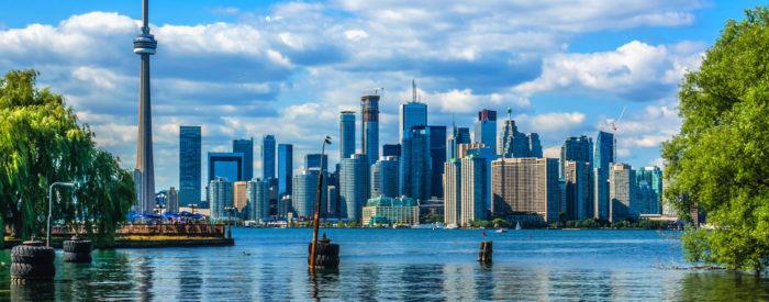 Na vzhodnem delu -Toronto, Niagara, Quebec, Montreal …in na zahodu najprej v Calgary-u in potem preko Skalnega gorovja v Vancouver.