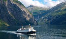 Idealen čas potovanja za ogled vznemirljivih severnih naravnih lepot .